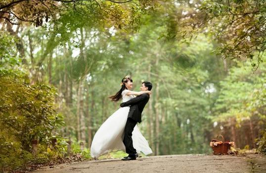 Színes esküvői szertartások a világból