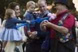 Így bolondozott György herceg és Charlotte hercegnő a gyerekzsúron