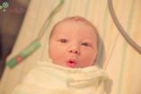 """Néhány """"komoly"""" babaarc a születés utáni pillanatokban"""