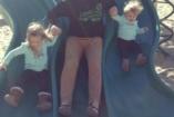 Az apai szeretet határtalan (és ezt a gyerek ki is használja) - vicces fotók
