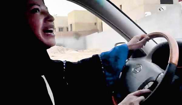 A tiltás ellenére is több tucat szaúdi nő ült volán mögé