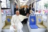 Keresztúton a pápa