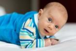 Hasfájás kisgyermekkorban: gyümölcs is okozhatja?