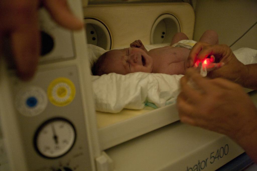 Tiltakozzunk együtt, hogy az ENSZ ne kritizálja az életmentő inkubátorokat!