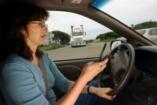 Ön dönt: telefonál vagy vezet?