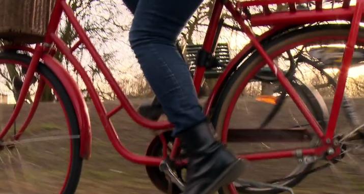 Hogy a gyerek túlélje a biciklizést