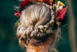 10 virágos hajdísz az őszies napokra