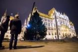 Karácsonyfa a Kossuth téren