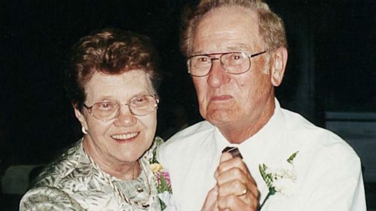 65 év házasság után egyazon napon haltak meg
