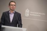 Rétvári: Családbarát Magyarországot építünk