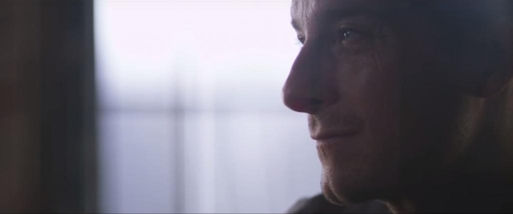 Bear Grylls: Szembe nézni vele, és csinálni – ebben rejlik a hitem