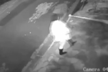 Szomorú videó - így hagyja ott az anya újszülöttjét egy ház előtt