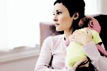 A szülés utáni depresszió tünetei és kezelése