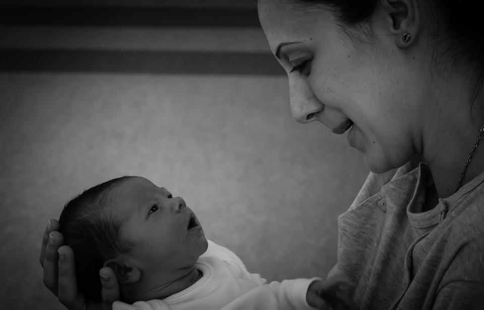Szülés és születés a II. Ártó-Védő konferencián