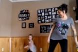 Táncolnál nagy pocakkal a kislányod mellett? VIDEÓ