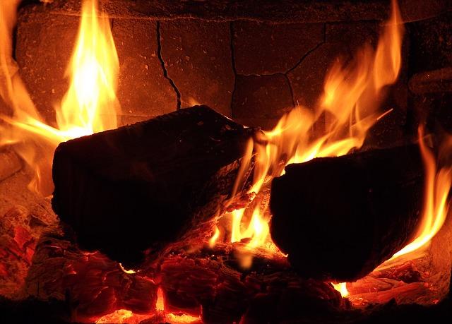 A fa kétszer melegít...
