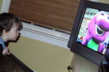 Buta és agresszív lesz a gyerek a tv-től?