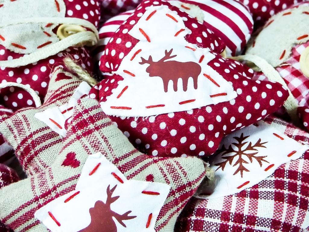 Közösen készíteni a legjobb a karácsonyi díszeket