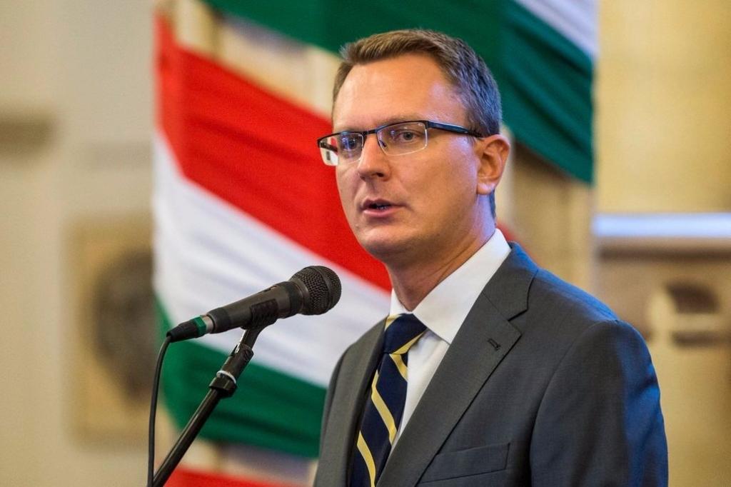 Rétvári Bence, az Emberi Erőforrások Minisztériumának parlamenti államtitkára. MTI Fotó: Marjai János
