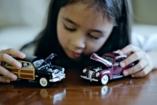 Babát a lányoknak, autót a fiúknak? Tilos!