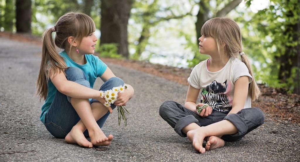 Annak ellenére, hogy nehéz számukra a kapcsolatteremtés, szívesen beszélgetnek kortársaikkal