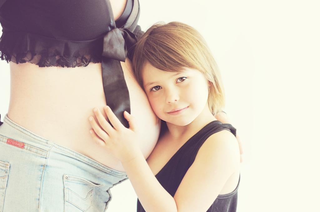 Nagyon fontos szerepet töltenek be a várandósság és a szülés során az anyát ért tapasztatok és élmények