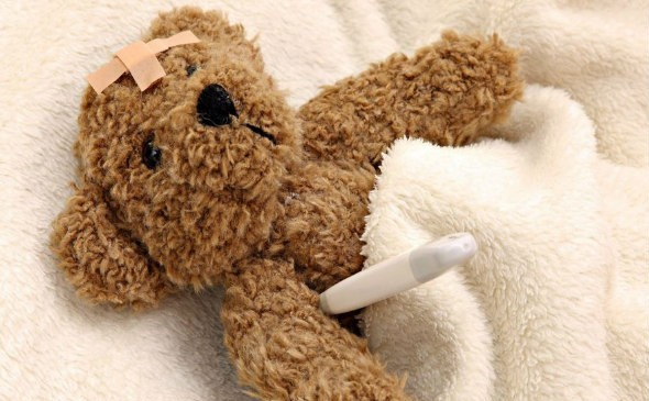 sick-teddy-bear-toy-photography-1920x1080-wallpaper482659-590x365