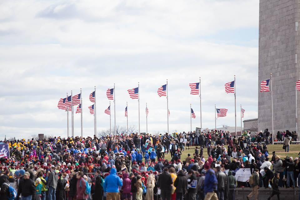 """""""Az élet ismét győzedelmeskedik Amerikában"""" – Összefoglaló a washingtoni Séta az életért demonstrációról"""