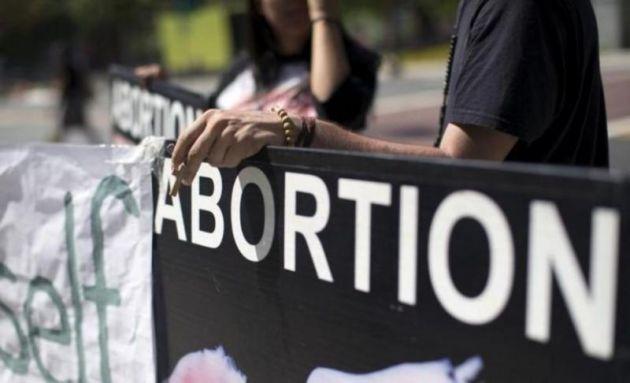 Betiltotta egy kanadai bíró az abortuszellenes reklámokat