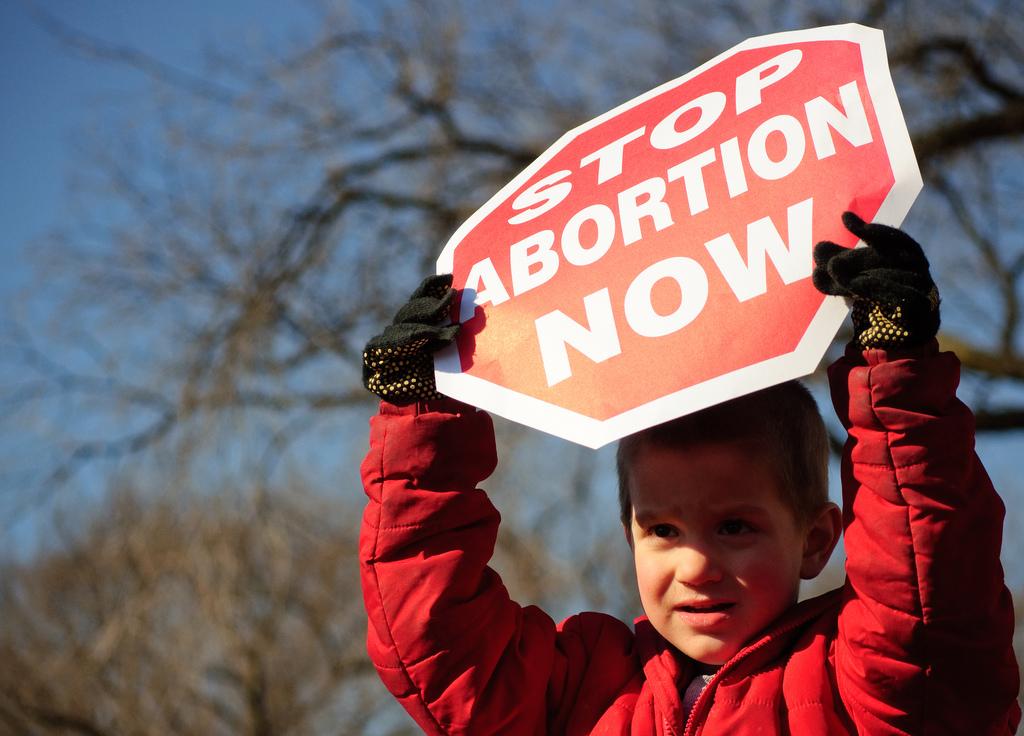 Az abortusz mellett és ellen is tüntetnek Kentuckyban