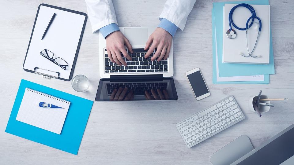 Rekedtség: mikor forduljon orvoshoz?