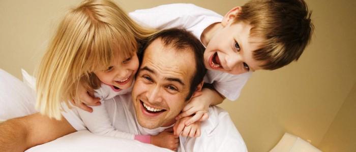 Jé: az apák is képesek gondoskodni a gyerekekről
