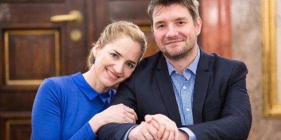 """""""Amikor mi összeházasodtunk, nem tűnt el az én, hanem létrejött egy közös mi"""" – Madarász István és Kerekes Monika a Mandiner.családnak"""