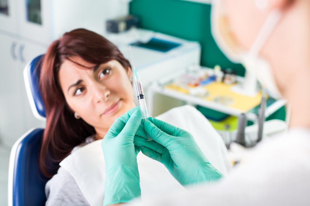 Fogászati kezelések szoptatás alatt: szabad, vagy nem tanácsos?