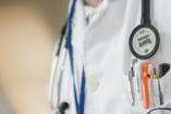 Lista: jelentős adókedvezmény jár azoknak, akik ezekben a betegségekben szenvednek