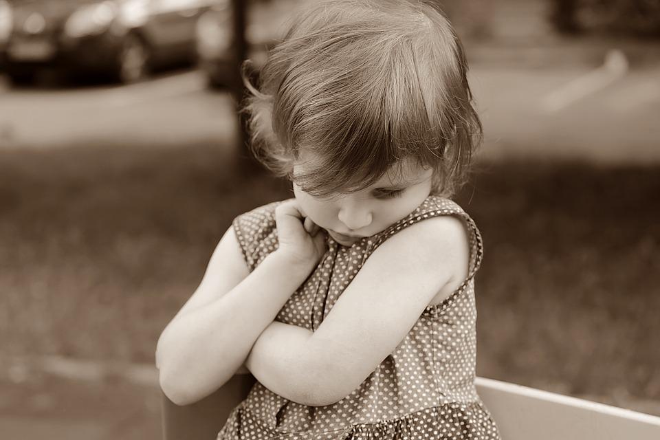 Hogyan megismerni a lányt, ha félénk? Példák, ötletek félénk