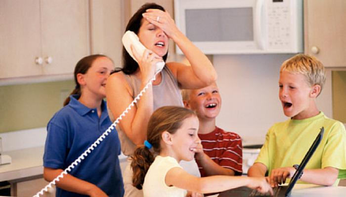 Zsonglőrködj JÓL a napoddal – Így működik az anyai időbeosztás