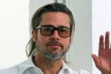Szegény Brad Pitt: ezt csinálja nagy magányában