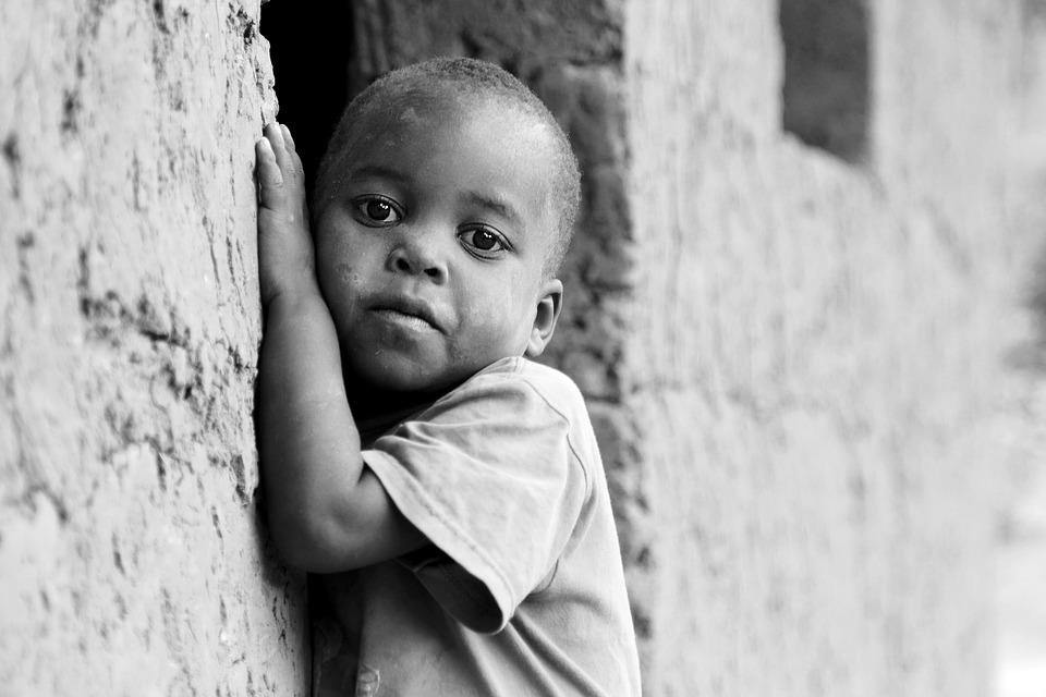 Megdöbbentő körülmények között dolgoztatják a kongói gyerekeket