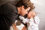 Csehország: szülési szabadságot kapnak a férfiak, ha világra jön a kisbabájuk!