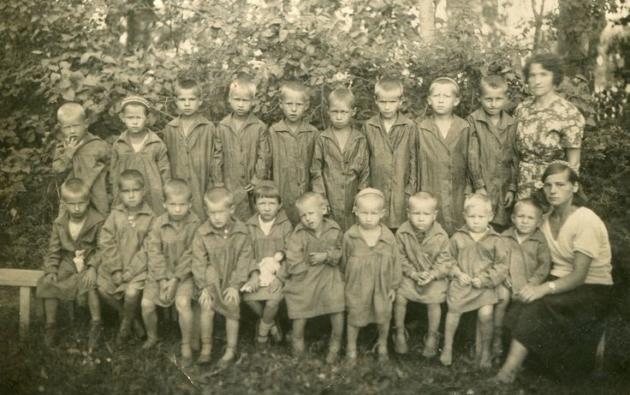 """""""Angyalcsináló"""" gyárak - kisgyerekek a szovjet börtönökben"""