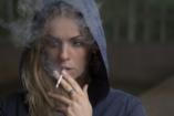 Egyre kevesebb fiatal dohányzik