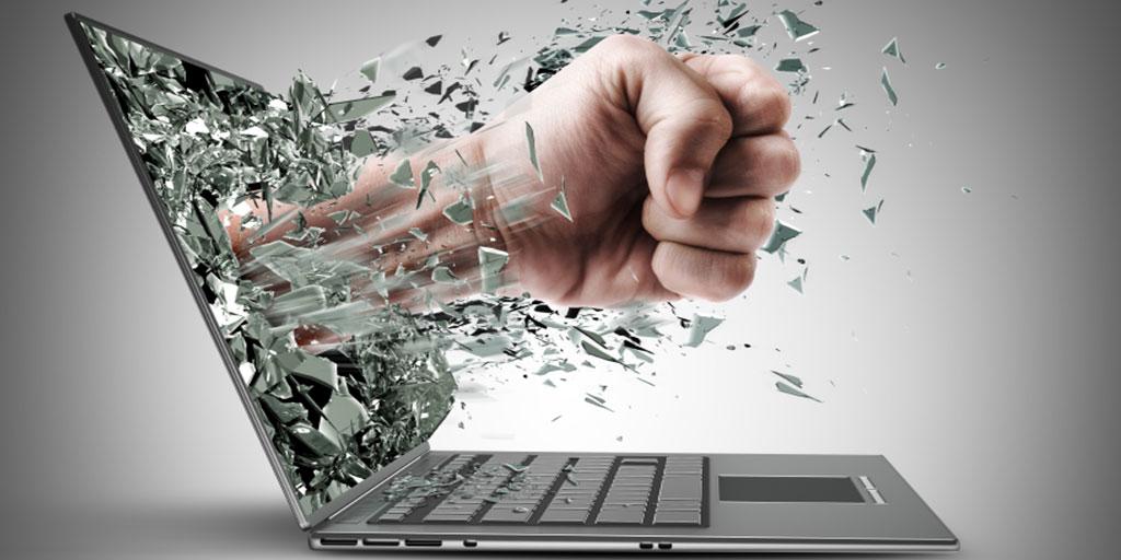 UNICEF: Minden harmadik gyereket zaklatnak az interneten