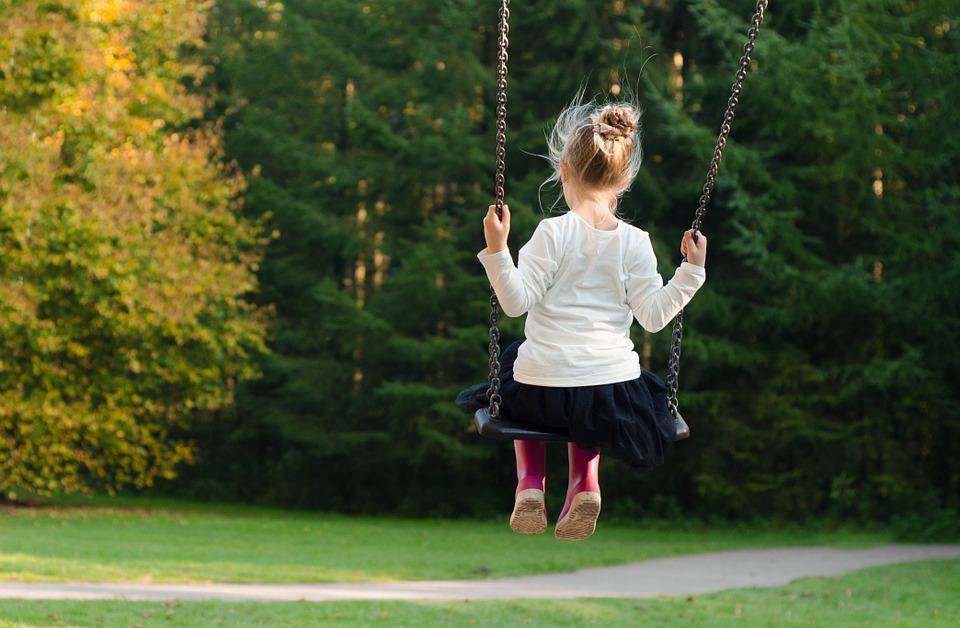 A játszótér nem csak gyermekeknek való!
