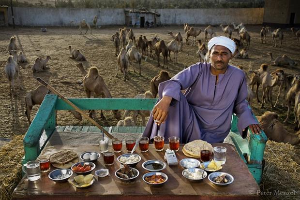 Egynapi élelmüket tálalták az emberek a világ különböző pontjain