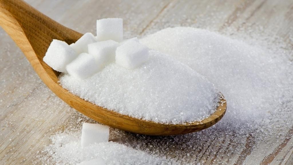 A csecsemőket is túl sok cukorral tömjük