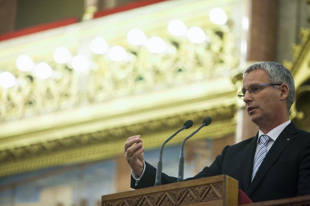 Soltész: 330 millió forint kiegészítő támogatást kapnak a nemzetiségi iskolák és óvodák