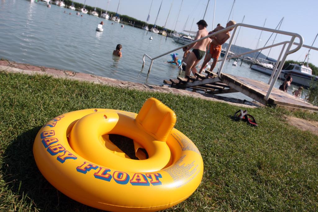 Felmérés: Mi kell a magyaroknak a nyaraláshoz?