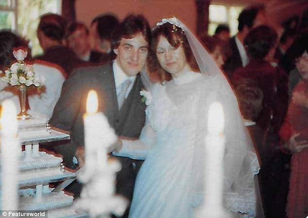 20 év után fiuk összehozta az elvált házaspárt