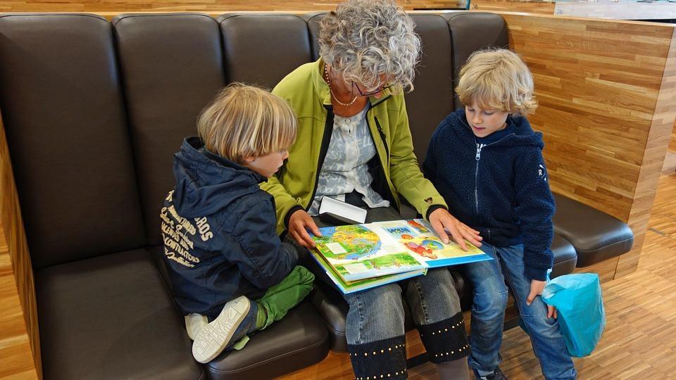 Egyszülős Központ: ősztől indul a pótnagyi program